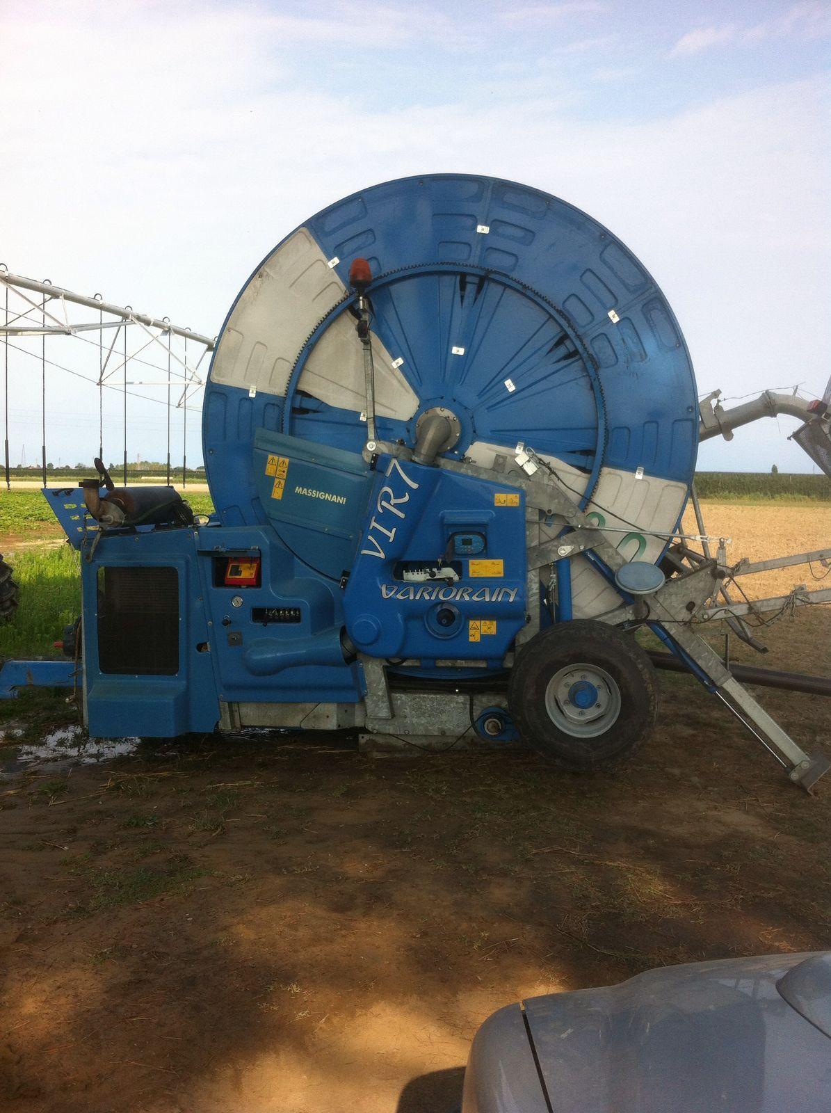 Il rotolone per l'irrigazione delle zucche a Cortellazzo